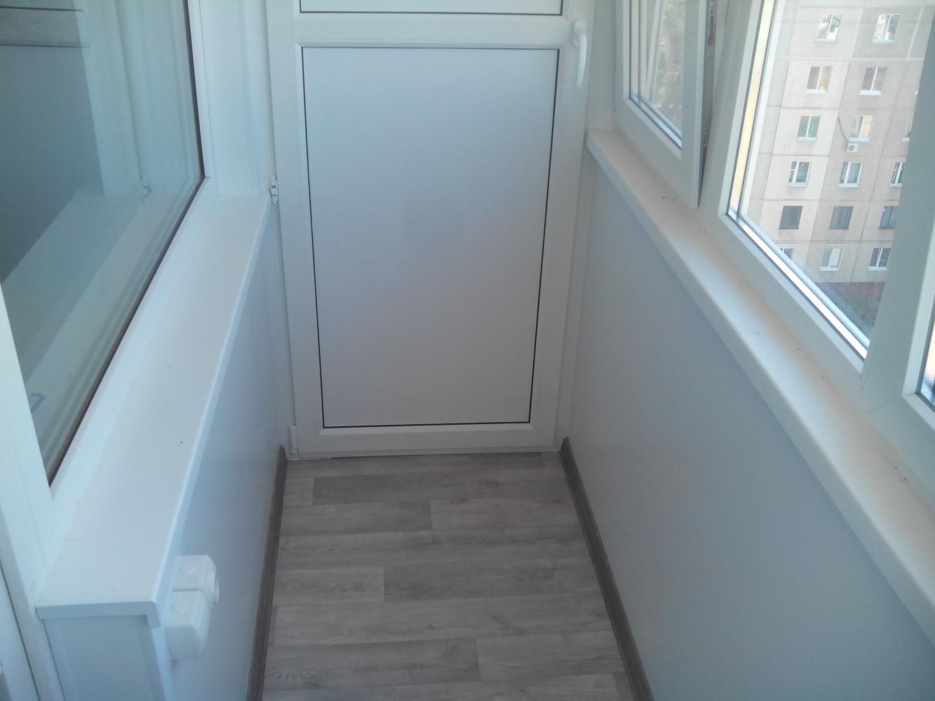 Отделка балконов сэндвич панелями фото